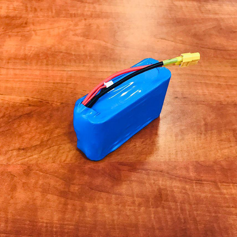 Фото аккумуляторная батарея для прикормочных корабликов 2S6P 7,4V на 22000mAh